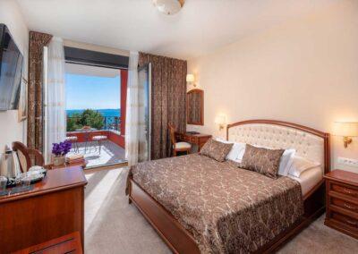superior_room_balcony_1